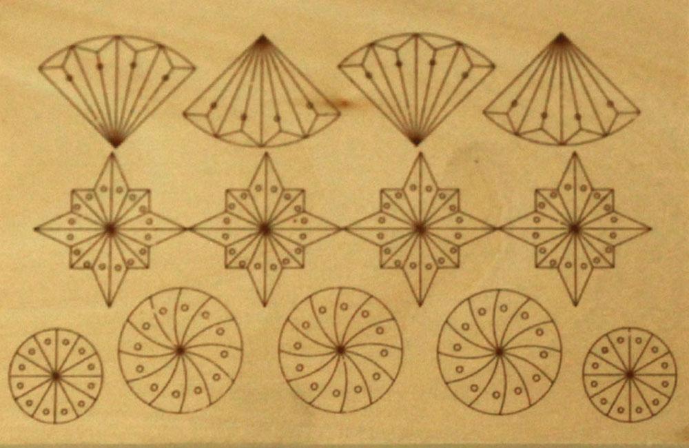 Hársfára előrerajzott faragási minta (5.-6. szint)