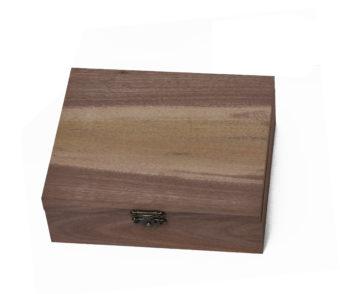 Fafaragó készlet faragható diófa dobozban